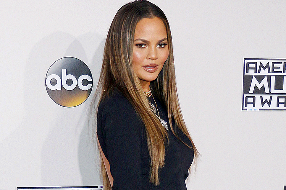 Katso Chrissy Teigen anna itsellesi Super Short Haircut Instagramissa