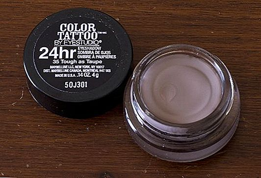Product Review: Maybelline Color Tattoo 24HR Crème Oogschaduw in Tough As Taupe