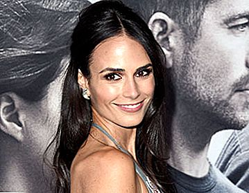 A Minute With: Jordana Brewster